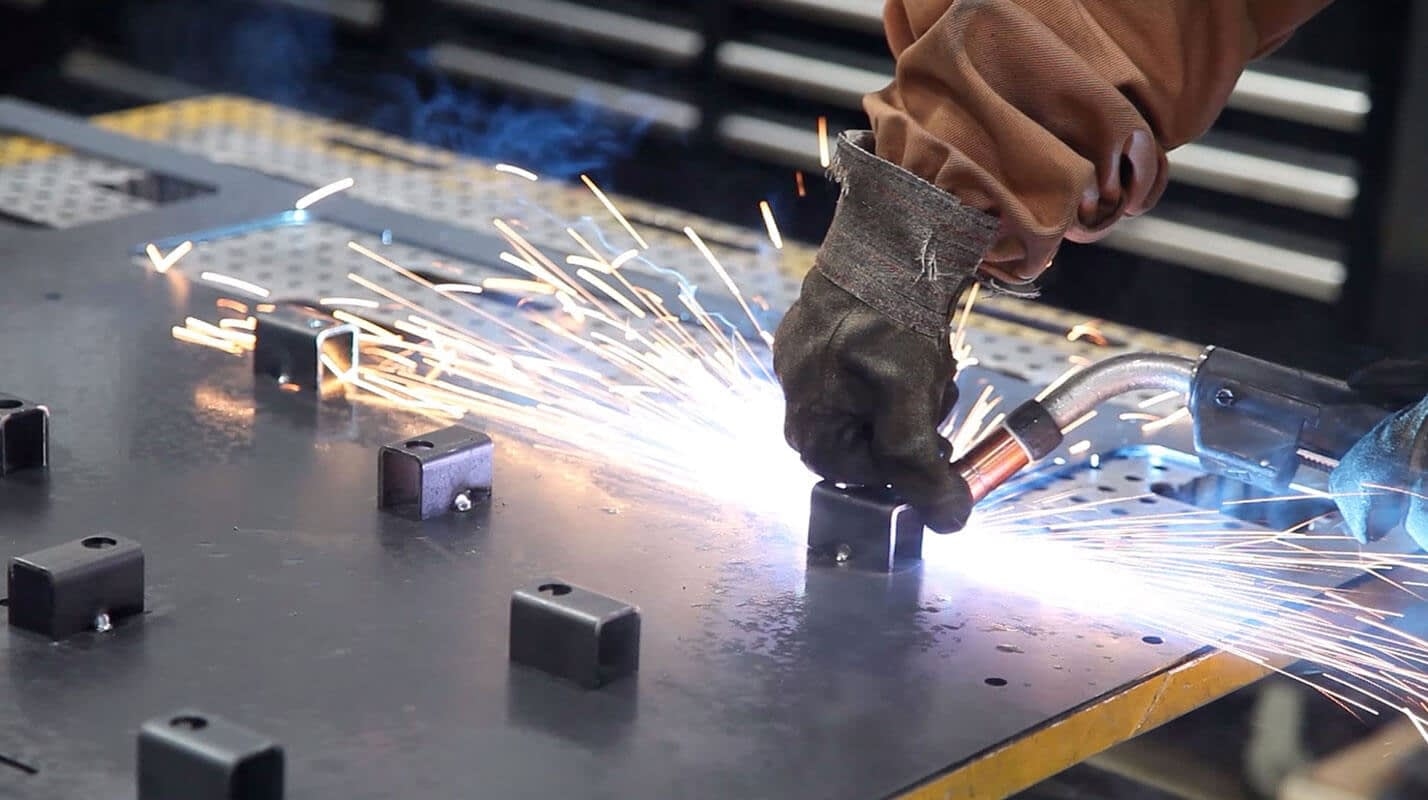 Benefits of Choosing a Local Sheet Metal Fabricator